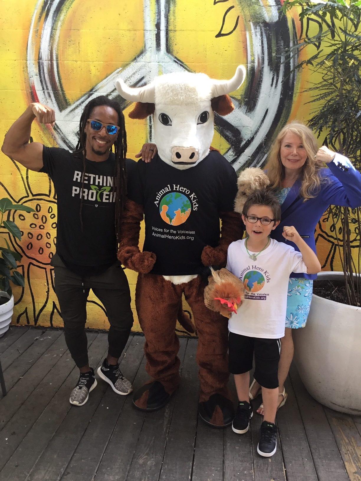 Animal Hero Kids MacnCheeze Challenge to Save the Earth!